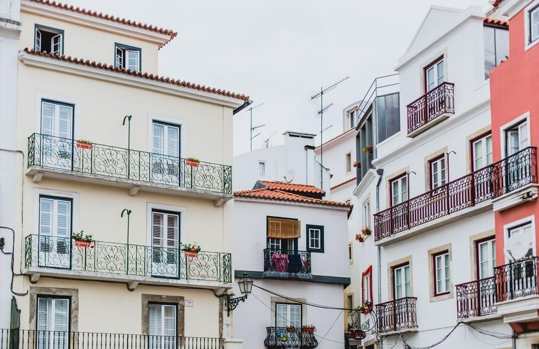 Guia passo a passo para comprar imóvel em Portugal